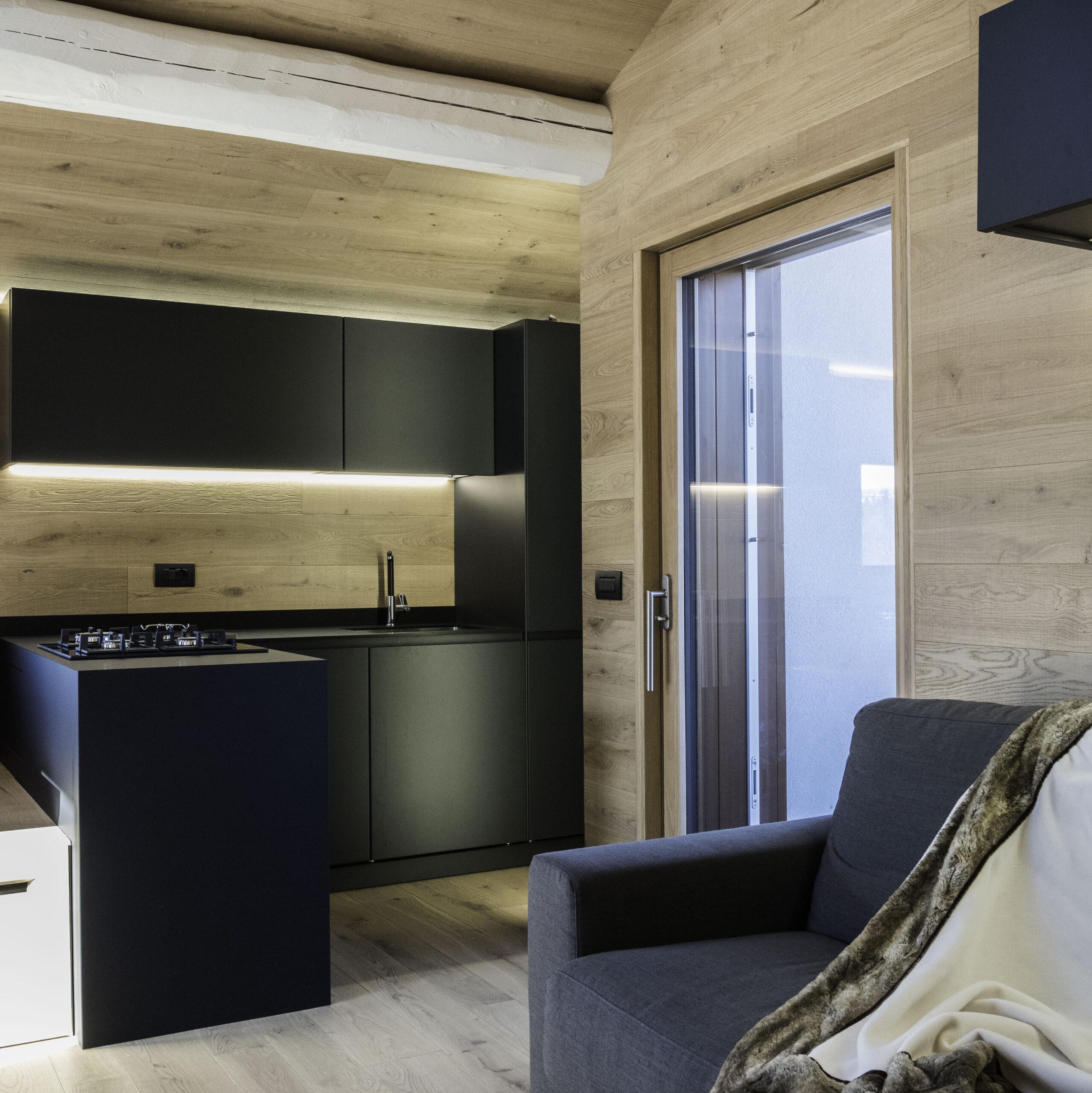 angolo cucina con parquet Rovere Europeo Rusticone